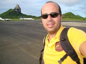 No aeroporto de Noronha