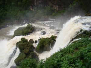 Paraguai - Saltos del Rio Monday