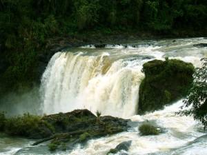 Paraguai - Saltos Monday