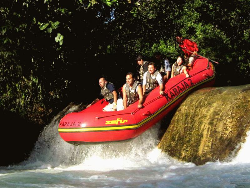 Uma dose de adrenalina no Bote Karajá, Bonito - MS