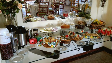 Café-da-manhã na Pousada Chamamé, Bonito - MS