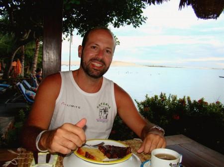 Um delicioso chá da tarde com a Duna do Pôr-do-sol ao fundo