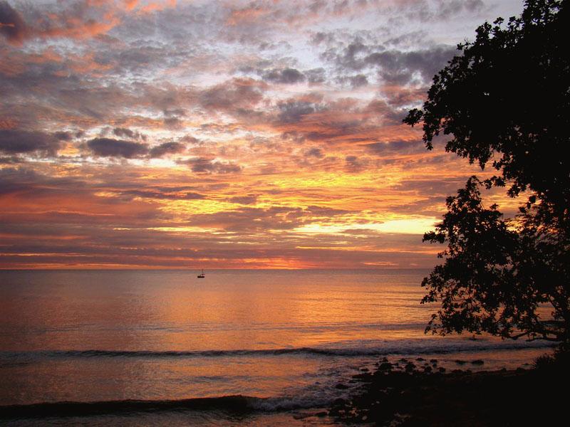 Pôr-do-sol visto da Pousada Jeribá