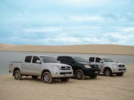A frota da JC Turismo reunida nas dunas de Jericoacoara
