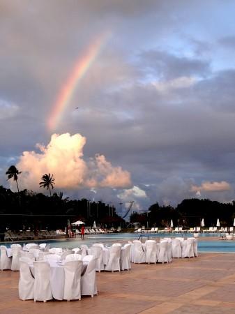 Um belo arco-iris no entardecer - Club Med Trancoso