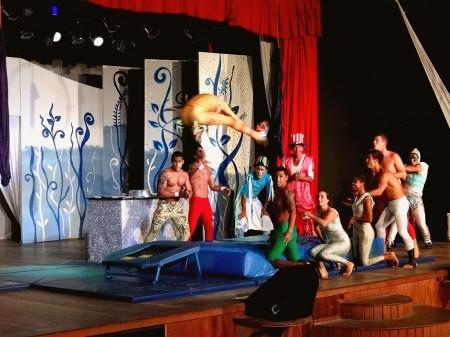 GOs Acrobatas no Show do Circo - Club Med Trancoso