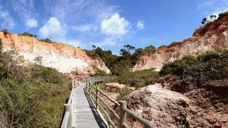 Falésias para a Praia do Taípe - Club Med Trancoso