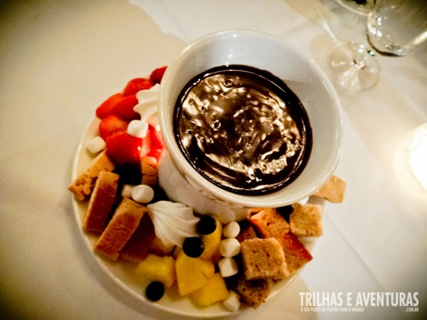 Fondue de Chocolate no Restaurante The Chalet