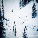 É possível acompanhar os esquiadores do alto das gôndolas