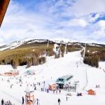 Vista do restaurante para a estação de ski