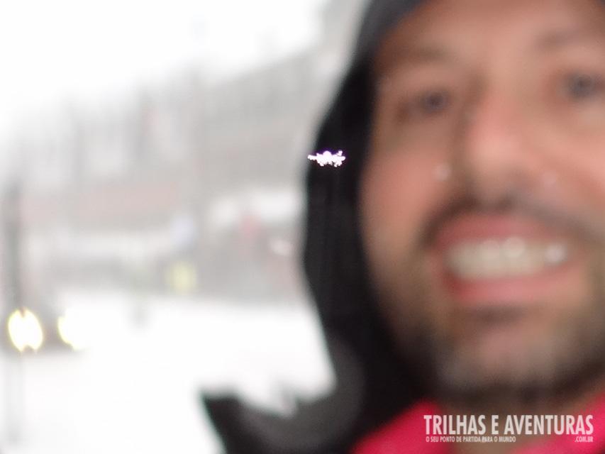 Consegui fazer essa foto do floco de neve durante a tempestade!