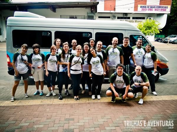 Blogueiros reunidos na van com Wi-Fi Grátis antes do City Tour em Foz do Iguaçu
