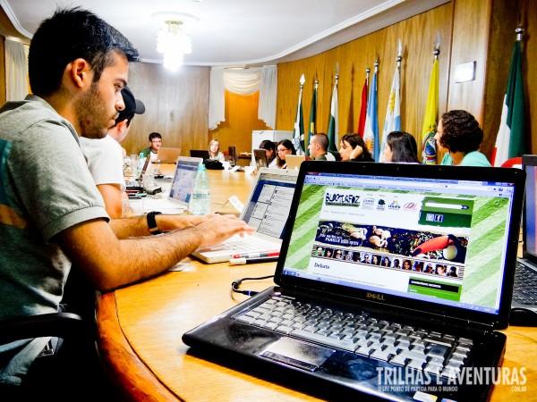 Blogueiros reunidos no debate do BlogTurFoz