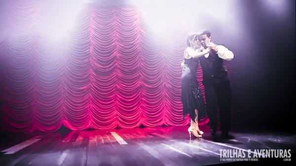 Anna Martinelli dando um show de Tango no Iporã