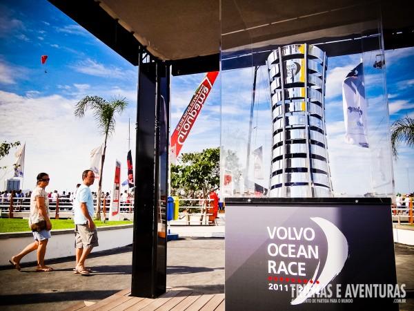 O tão desejado troféu da regata ao mundo da Volvo Ocean Race