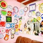 A maior coleção de relógios na casa do guia Fumaça