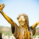 Estátua do rei do pop na laje do Michael Jackson