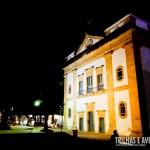 A iluminação noturna deixam as igrejas ainda mais lindas