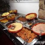 Buffet self-service durante o dia no RestauranteTaberna