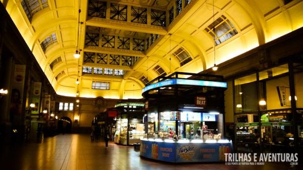 Estação Retiro - A construção é de 1909 com materiais importados da Inglaterra