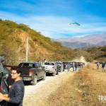Na primeira parada para a troca de motorista o helicóptero chegou com tudo!