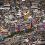 Favela da Rocinha visto do Morro Dois Irmãos no Vidigal
