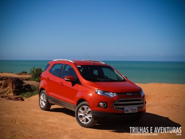 Novo Ford EcoSport na cor vermelha
