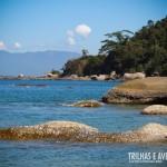 A praia Guaíba de Fora fica em uma enseada calma perfeita para mergulhos