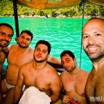 Com os amigos no Passeio de Barco em Paraty
