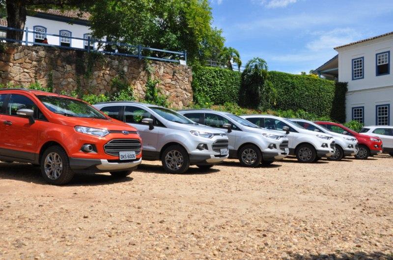 EcoSport 4WD limpinhos antes do test-drive