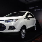 Ford EcoSport PowerShift na cor branca - Foto: Jonathan Pádua