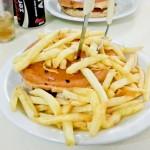 """O meu """"pequenino"""" XIS de Frango com Fritas"""