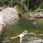 Um mergulho nas águas é praticamente obrigatório