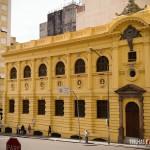 Fachada preservada da Biblioteca Pública de Porto Alegre