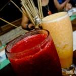 Sucos de frutas naturais no restaurante