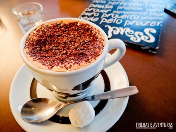Meu simples cappuccino do Press Café
