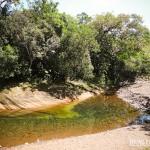 Churrasco e cerveja na beira de um rio. Isso é o Recanto das Bromélias. PAZ!