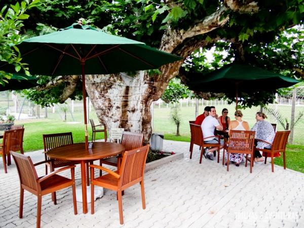 Área externa com mesas - Vivatto Parque