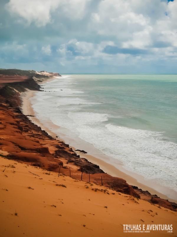 Praticamente deserta, é na Praia das Minas que as tartarugas desovam