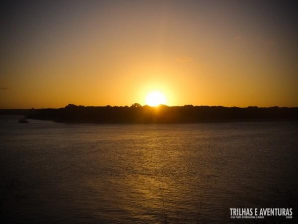 Pôr-do-Sol na Lagoa de Guaraíras, em Tibau do Sul
