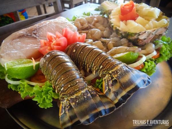Nos restaurantes em Maracajaú não faltam essas delícias do mar