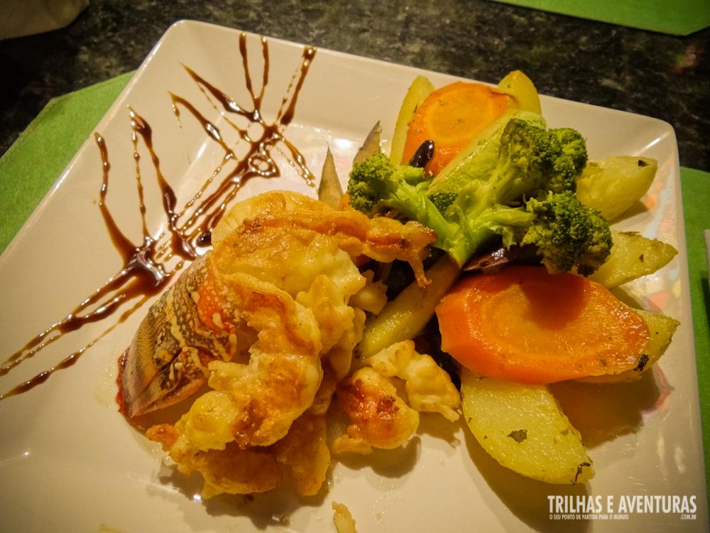 Meu jantar: Lagosta Grelhada com Legumes salteados na manteiga e ervas finas