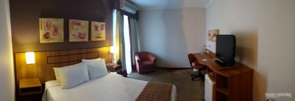 Foto panorâmica do quarto do Hotel Comfort Ibirapuera