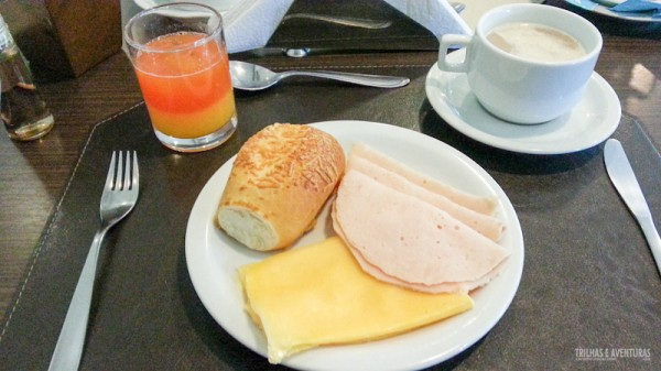 Parte do meu café da manhã pra ficar bonito na foto, hehehe