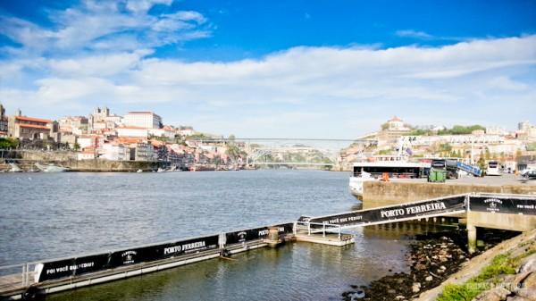 Vista da Vinícola Ferreira para a cidade do Porto