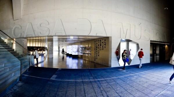 Hall de entrada da Casa da Música