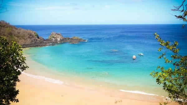 Praia do Sancho - A 1ª praia mais bonita do Brasil