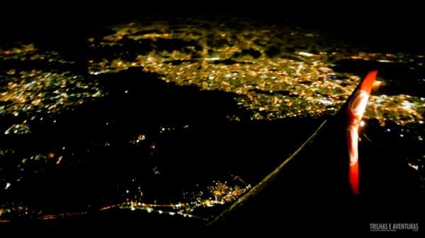 Vista aérea do Rio de Janeiro a noite