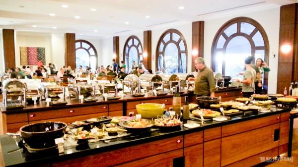 Buffet diferente a cada dia no Restaurante Grande Hotel