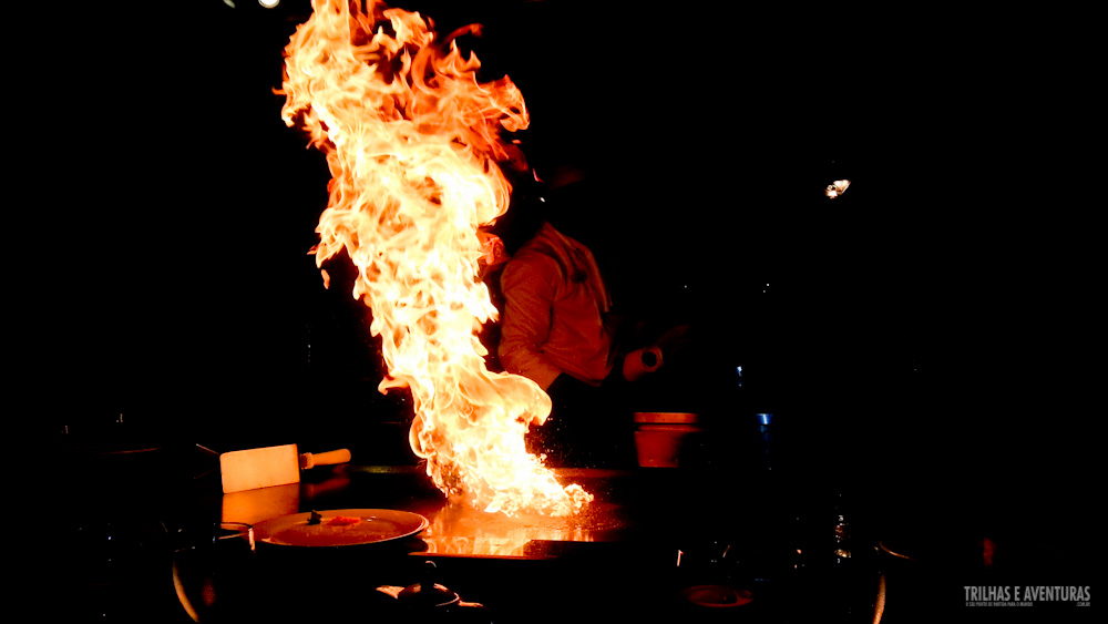 Show pirotécnico no jantar temático do Hard Rock Hotel e Cassino Punta Cana